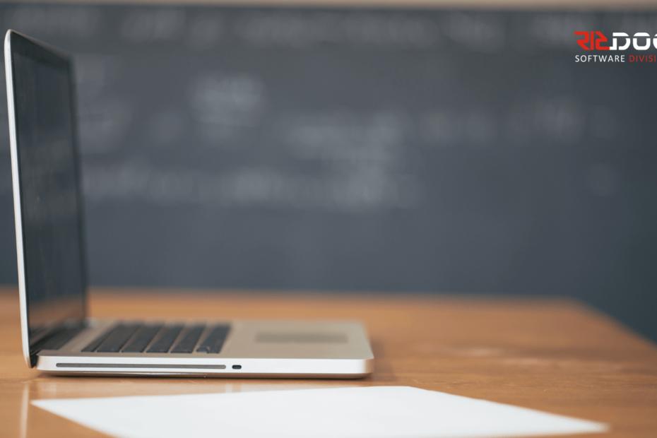 Digitalitzar els centres escolars